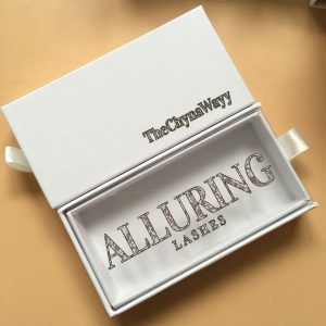 white eyelash packaging custom
