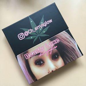 Black eyelash box design